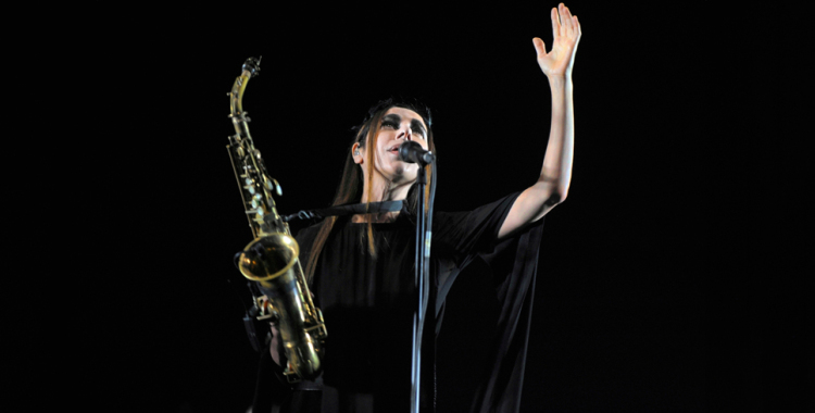 Photos: PJ Harvey@ Shrine Expo Hall, August 18. 2016