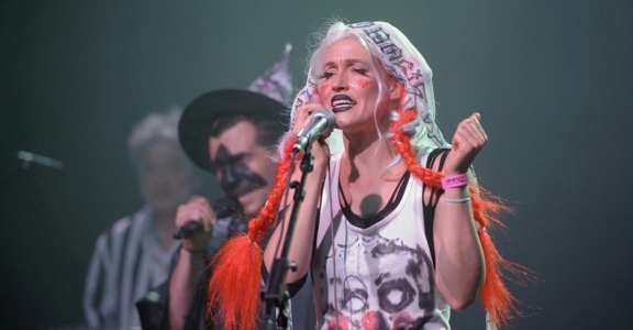 Photos: CocoRosie @ The Fonda Theatre, October 31, 2016