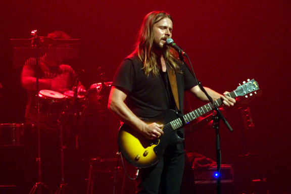Live Review: Lukas Nelson & Promise of the Real @ Fonda Theatre, October 4, 2017