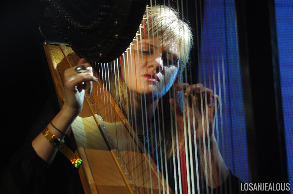 Mary_Lattimore_Girlschool_Bootleg_Theater (6)