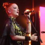 Shirley_Manson_Girlschool_Bootleg_Theater (5)