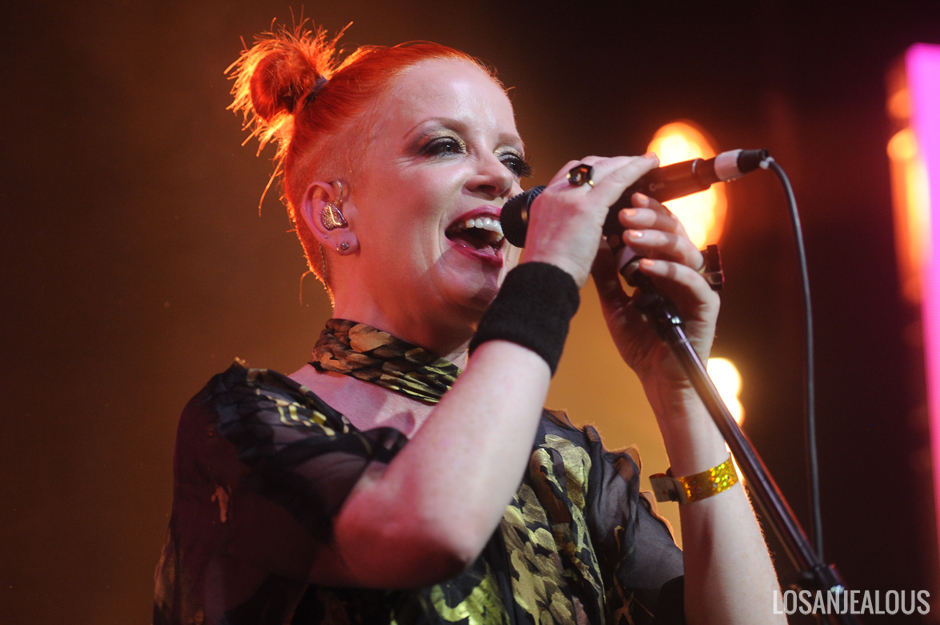 Shirley_Manson_Girlschool_Bootleg_Theater (8)