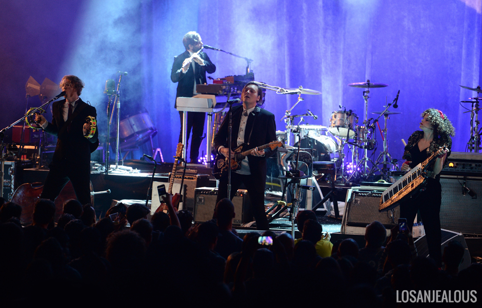 Arcade_Fire_The_Greek_Theatre (1)