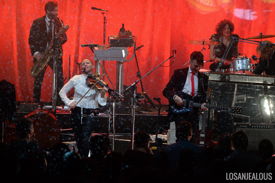 Arcade_Fire_The_Greek_Theatre (3)