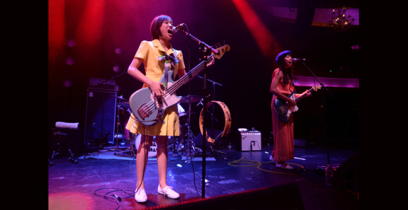 Photos: The Linda Lindas @ Hollywood Palladium, April 26, 2019
