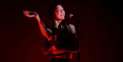 Photos: Caroline Polachek @ The Fonda Theatre, February 1, 2020